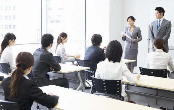 社員教育講師